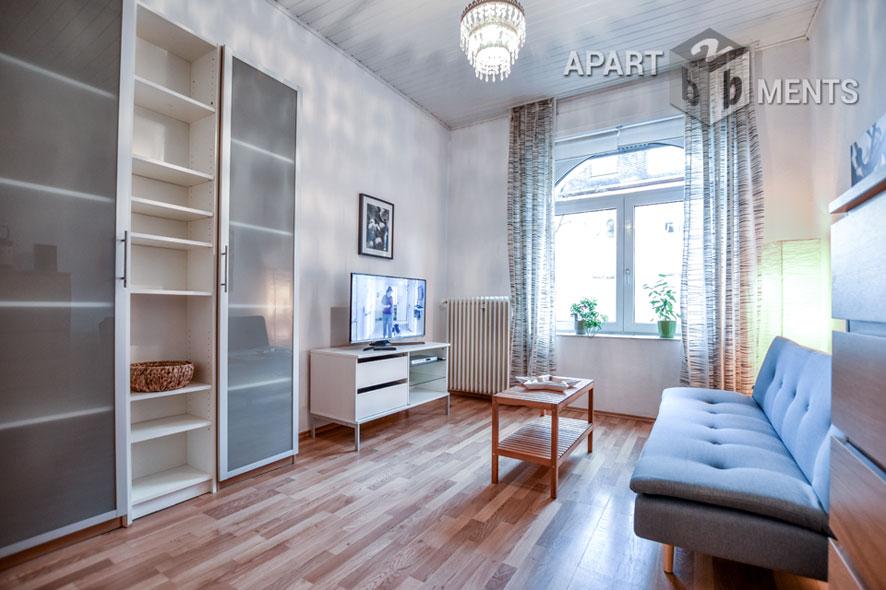 Modern möblierte Altbauwohnung der gehobenen Kategorie in Bonn-Nordstadt