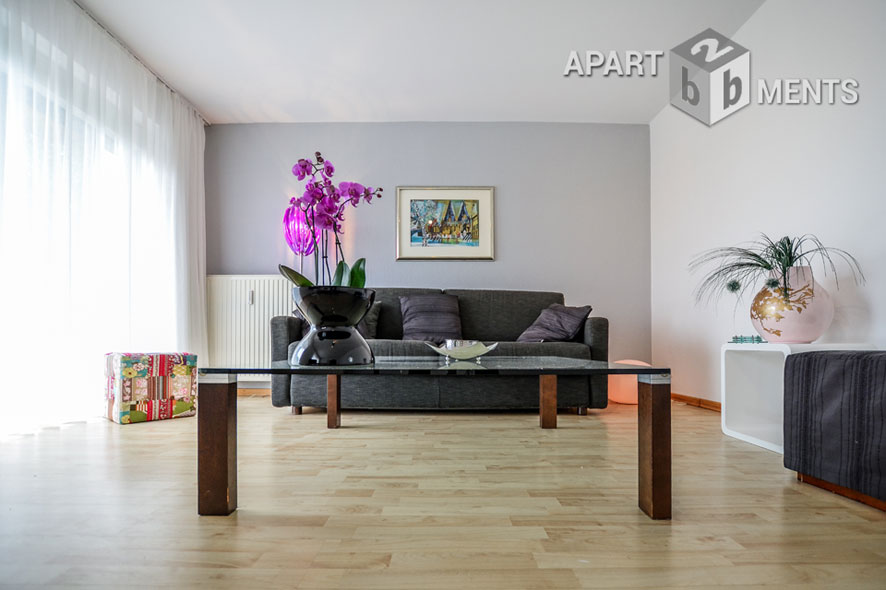 helle und modern möblierte Gartenwohnung in Bonn-Lengsdorf