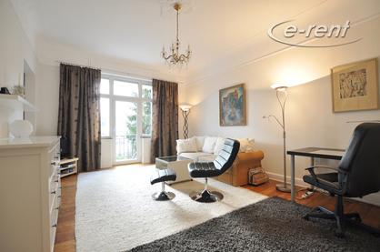Möblierte und geräumige Altbauwohnung mit 2 Balkonen in Bonn-Villenviertel