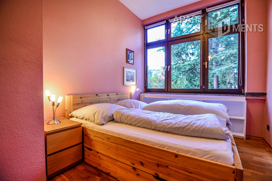 Stilvoll möblierte Altbauwohnung in guter Lage von Bonn-Kessenich