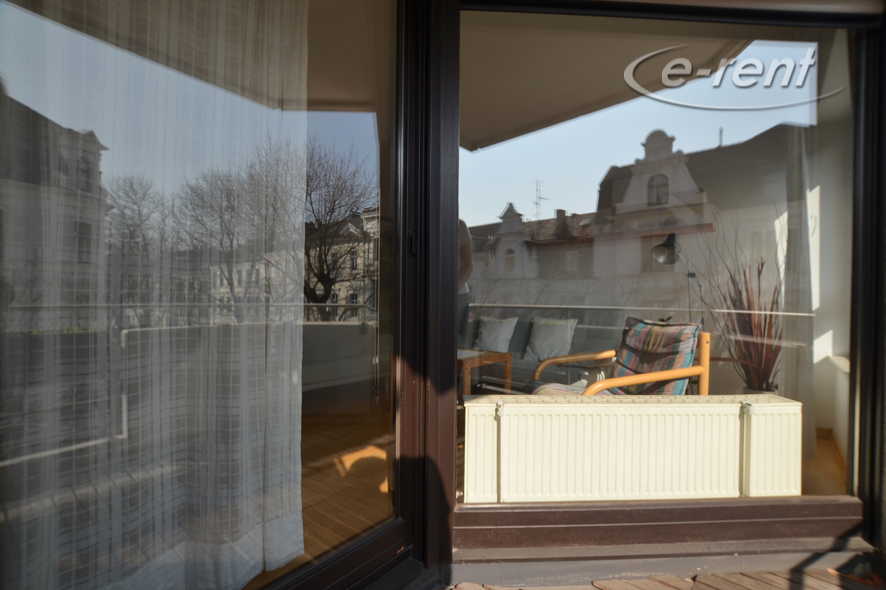 Modern möbliertes und geräumiges Balkonapartment in Bonn-Südstadt