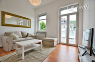Möblierte Altbauwohnung mit Balkon in Bonn-Weststadt/ Poppelsdorf