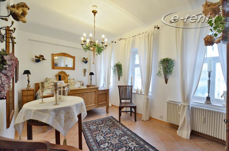 Stilvoll möblierte Wohnung in Bonn-Mehlem