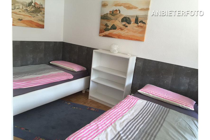 schick möbliertes WG-Zimmer in 4er Wohngemeinschaft in Bonn-Röttgen